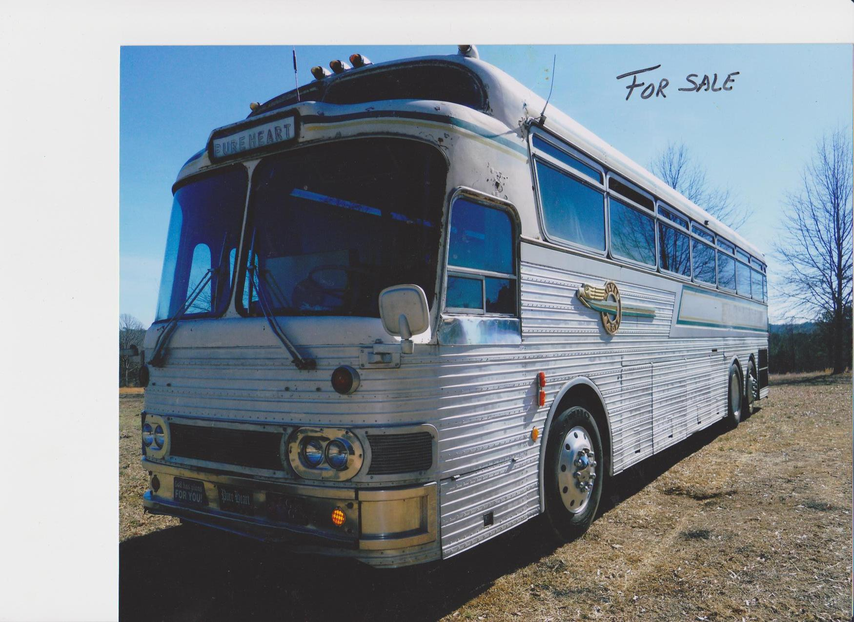 http://usedbusesforsale.net/bus_images/196701continentaltrailways0-640.jpg