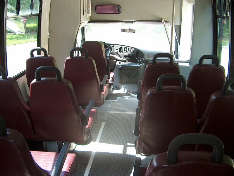 1999 Ford Goshen E 350 Chassis Bus For Sale