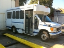 2006 Ford E-350 Wheelchair Shuttle Bus